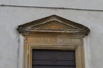 quis-ut-deus-4